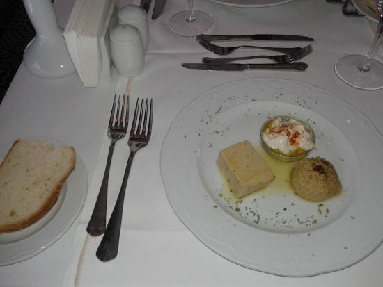 Istanbul Walks : Deraliye Ottoman Cuisine Starter