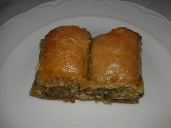 Istanbul Walks : Deraliye Ottoman Cuisine Dessert