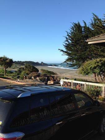 Surf Motel: view from parking lot