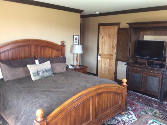 The Mountain Top Inn & Resort: photo1.jpg