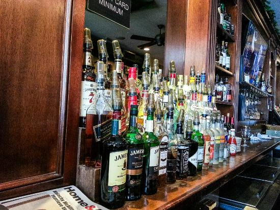 McKeown's : The bar