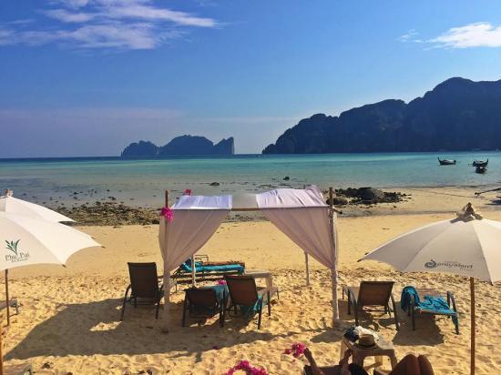 Phi Phi Bayview Resort: Praia