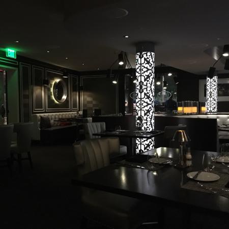 Oliver's Prime Steakhouse: photo0.jpg