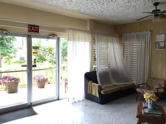 Moonrise Villas: Reception area