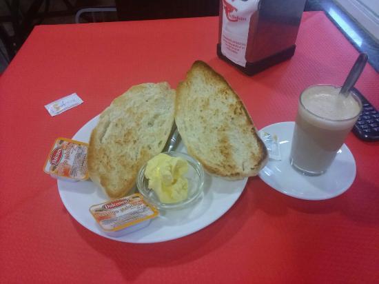 Las Delicias: Un buen desayuno
