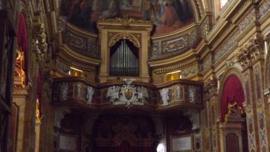 Xaghra, Malta: The organ