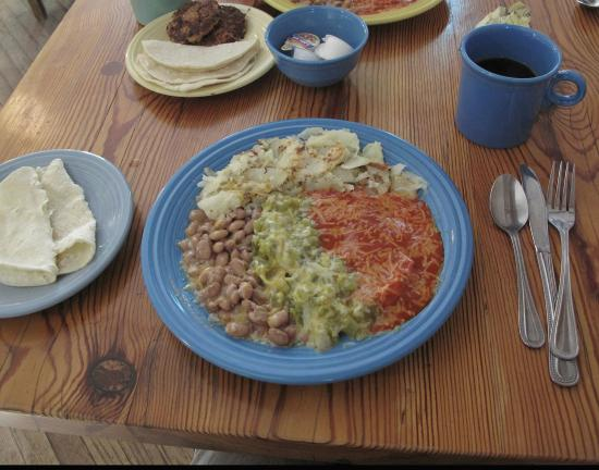 Hillsboro General Store Cafe : huevos rancheros / christmas!