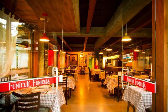 Funiculi Funicula Pomerode: Autentico Restaurante Italiano com sistema de Rodizio. Massas, gnocchi, risotto, lasagne, polent