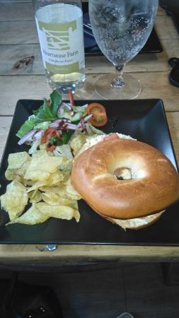 Guisborough, UK: Warm bagel with smoked salmon & cream cheese