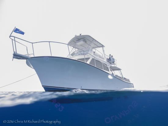 Cayman Brac Beach Resort: Ocean Sister