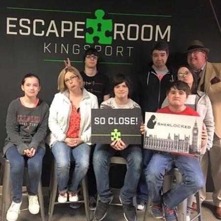 Escape Room Kingsport is one of the best attractions in all of the Tri Cities! Book you Real-Lif