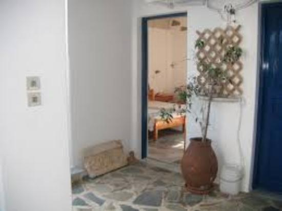 Leandros Hotel: δωματιο