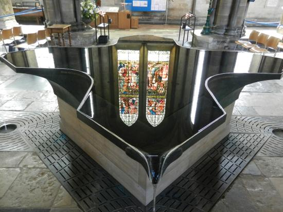 Salisbury Cathedral: Reflection in the font