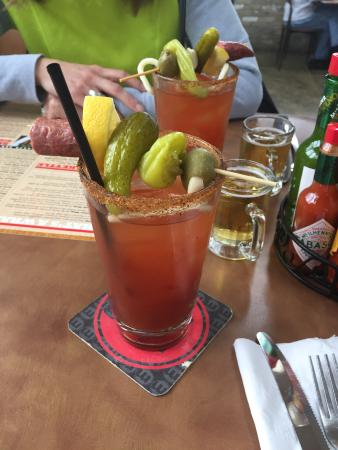 New Berlin, WI: Awesome bloody mary!!!