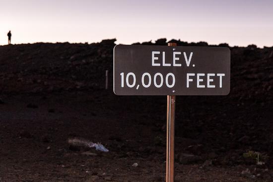 Kula, Hawái: Erreichen der 3.000m Marke