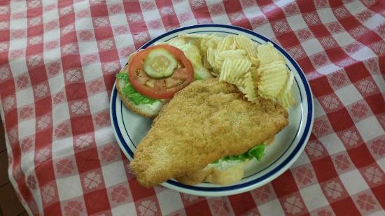 Nashville House Restaurant: Pork Tenderloin Sandwich