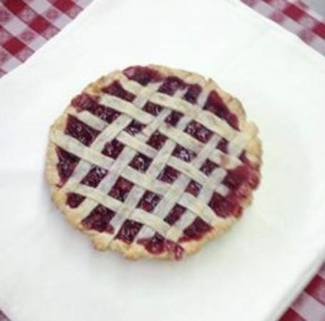 Nashville House Restaurant: Homemade Cherry Pie