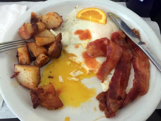 Barnstable, ماساتشوستس: Breakfast