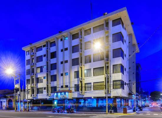 Royal Inn & Casino Hotel: Frontis