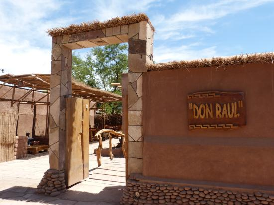 Don Raul Hotel: Entrance