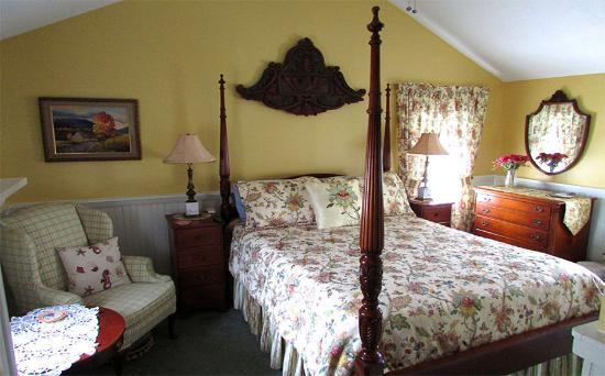 Holiday Guest House Bed & Breakfast : The West Room
