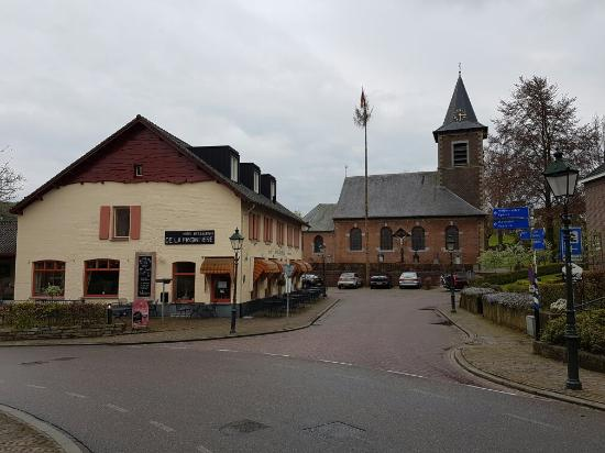 Photo of Hotel Restaurant de la Frontiere Slenaken