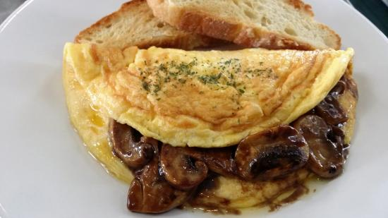 Northcote, Nya Zeeland: Hollywood mushroom omelette