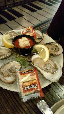Saint Clair Shores, MI: Fishbone's Rhythm Kitchen Cafe