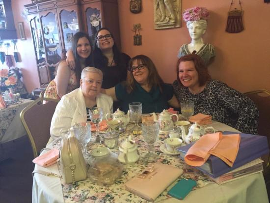 Stella's Tea Parlor: Thank you Stella's for a wonderful girls day!!
