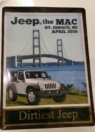 Mackinaw City, Μίσιγκαν: Jeep the Mac & plaque