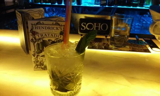 Miranda de Ebro, Spanyol: Noche de cocktails con Manu Iturregui