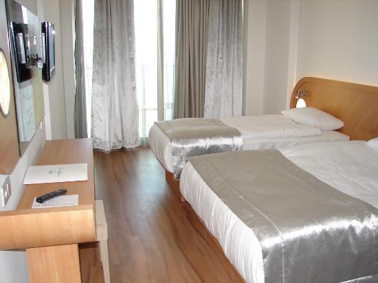 Hotel Marbella: Family room