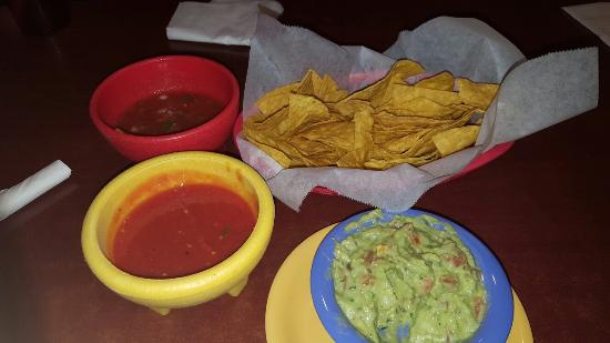 Fairfield, OH : Chips salsa and guacamole