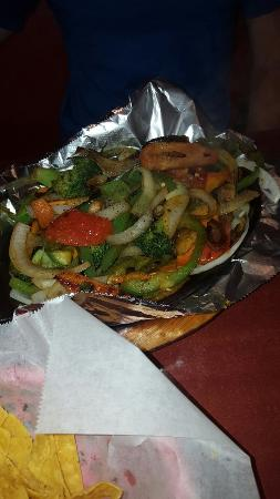 Fairfield, OH : Veggie chimmy and veggie fajitas served 8 min after ordering