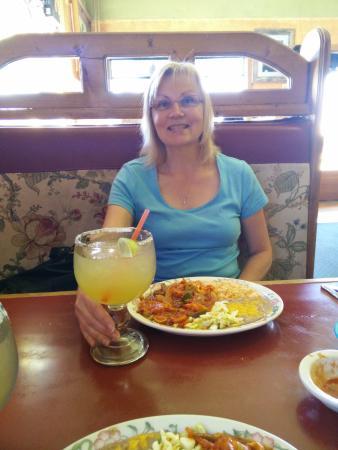 Paso Del Norte : Lunch special - camarones a la diabla.