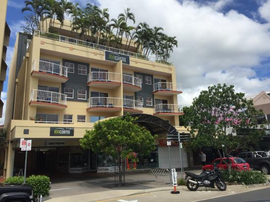 Inn Cairns Boutique Hotel: Entry