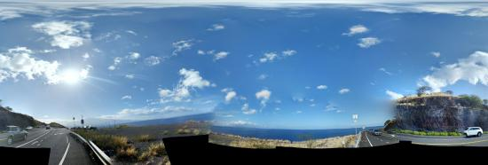Maalaea, HI: I was there yesterday morning riding with my mountain bike from kahului to Lahaina and taking pi