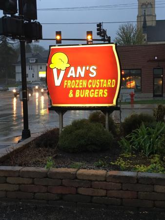 vans frozen custard and burgers