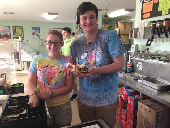 Cone Heads Ice Cream: photo2.jpg