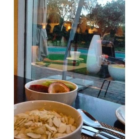Southern Sun O.R Tambo International Hotel: Café da manhã maravilhoso!!!