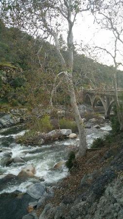 Three Rivers, كاليفورنيا: 20160429_194132_large.jpg