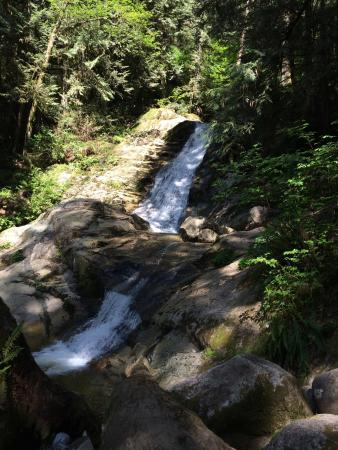 Westwood plateau golf course coquitlam all you need to for Crystal falls
