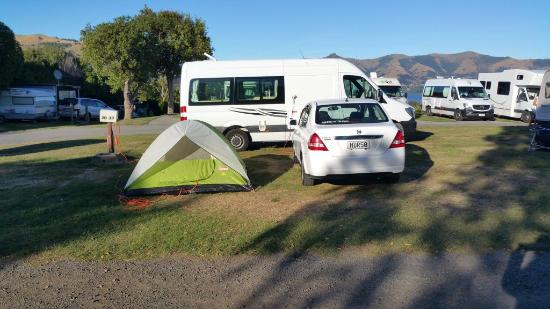 Akaroa TOP 10 Holiday Park: Powered sites