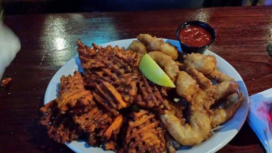 Southgate, MI: Beer batter fish n chips beer batter shrimp.  EXCELLENT
