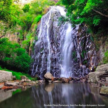 Efrata Waterfall: Beautiful and fresh water