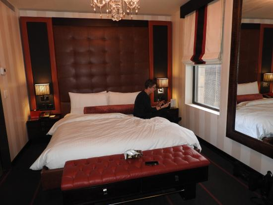 Sanctuary Hotel New York: Bed in Kingsize Deluxe room
