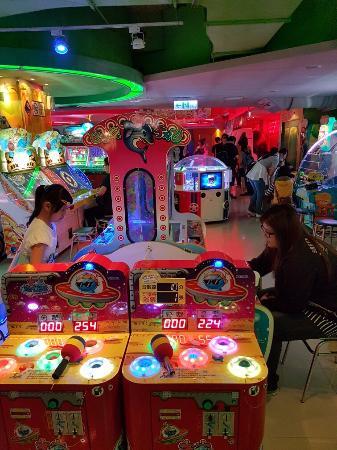 Shi Zi Lin Mall