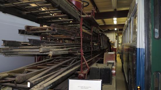East Windsor, CT: Ladders