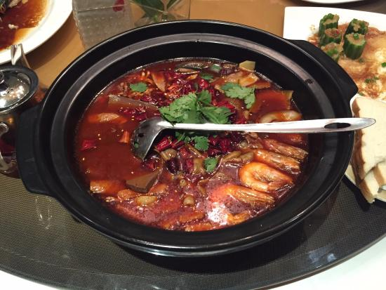 BeiJing South Beauty ( DongFang Plaza ): Gloriously spicy seafood chowder-type thing