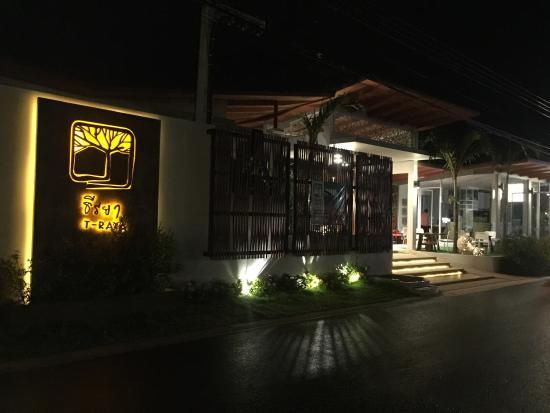 T-Raya Resort Pran Buri